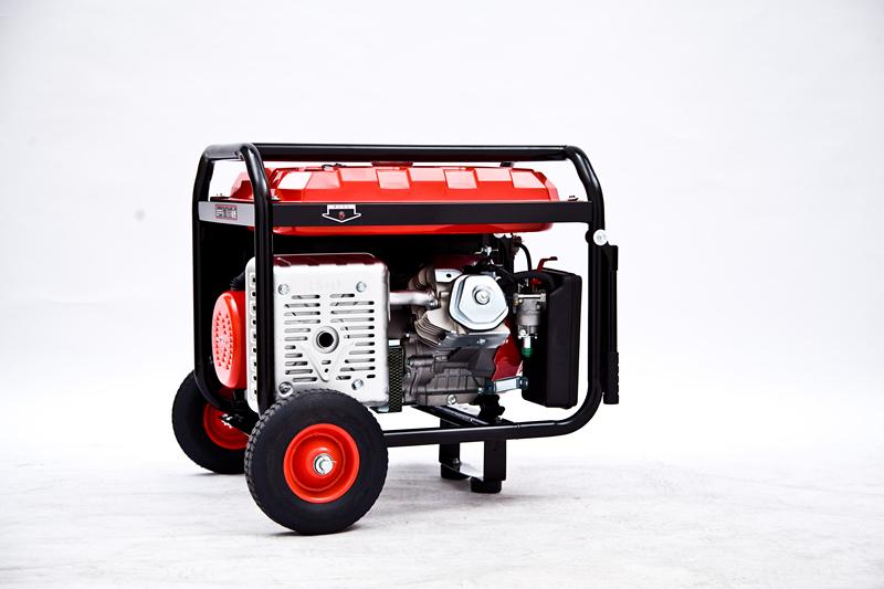7kw汽油发电机//手启动与电启动兼具的发电机//便移式汽油发电机